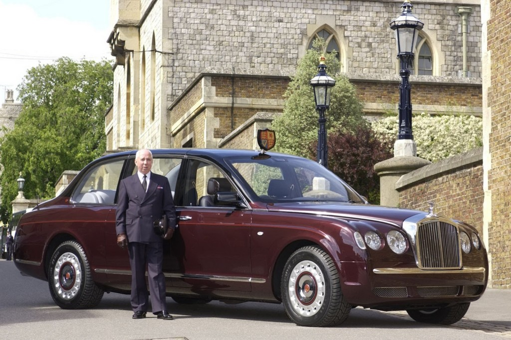 Bentley-State-Limousine-03-Chicago-London